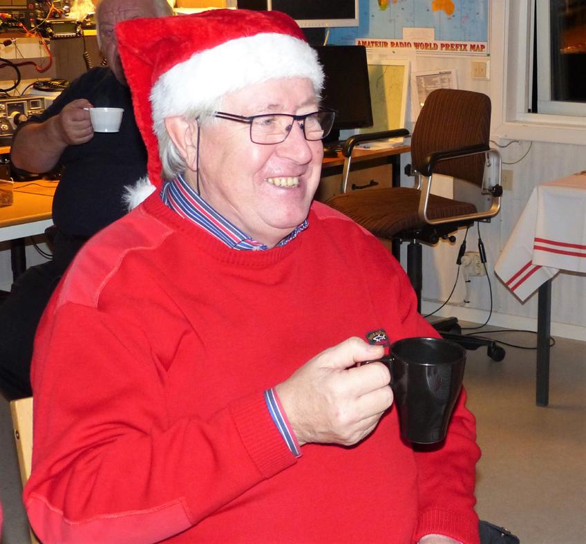 Stig SM6YFP. En av många som kom och smakade av det läckra julbordet på klubben